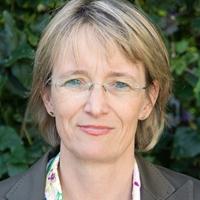 Porträt von Dr. Jutta Hundertmark-Mayser